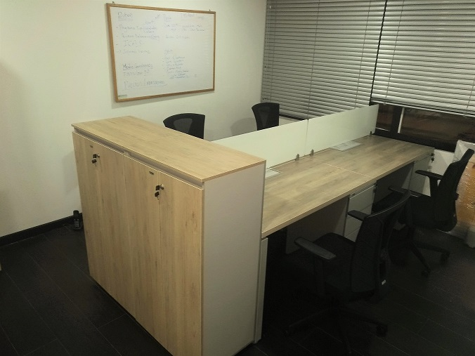 Almacenamiento divisorio para oficina